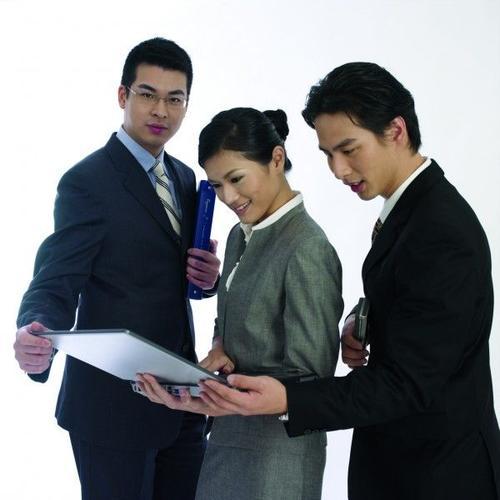 青岛华钟制药公司招聘(五险一金、出国机会
